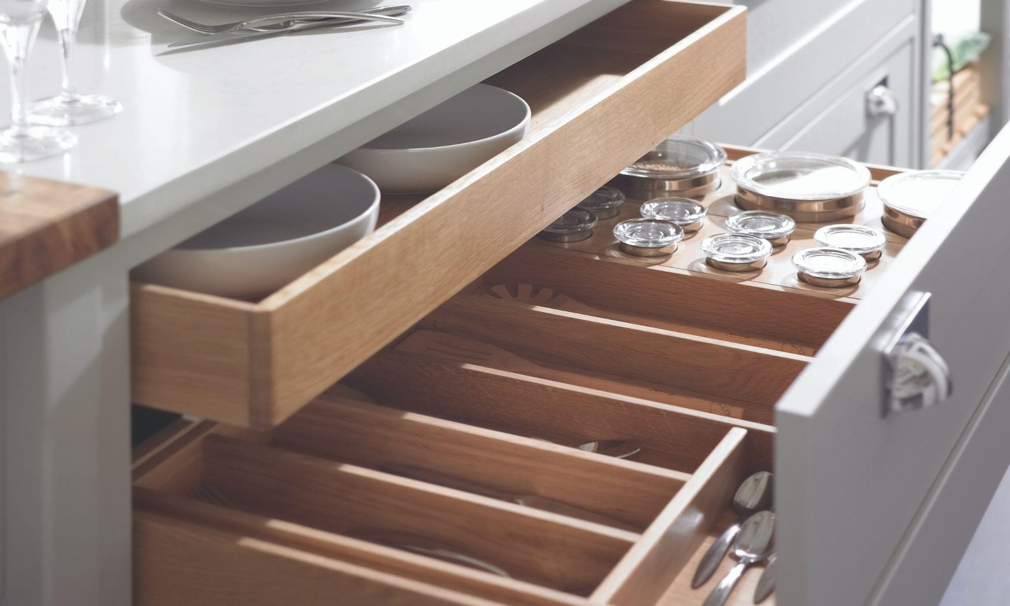 In-frame drawer